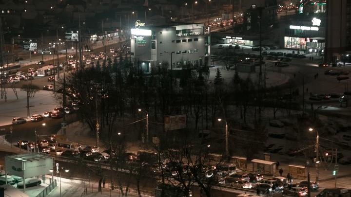 Чиновники объяснили, почему общественный транспорт в Самаре не работает по ночам