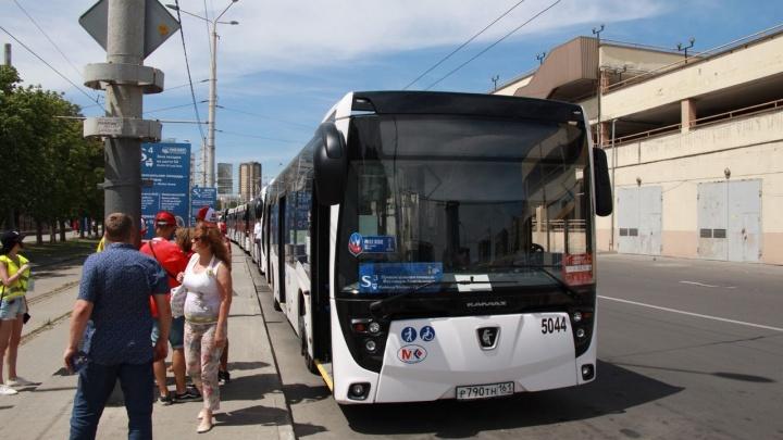 После футбольного матча «Ростов» — «Ахмат» будут ходить бесплатные автобусы
