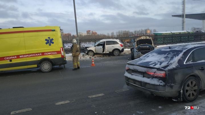 На Клары Цеткин иномарка пошла на обгон и вылетела на встречку: три человека пострадали