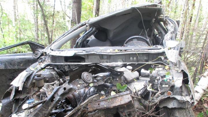 На Серовском тракте Hyundai Solarisулетел в кювет: погибла женщина-водитель
