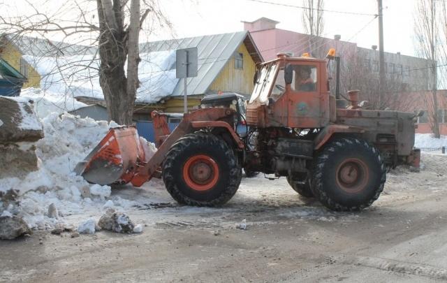 В Уфе избавились от сугробов с подтопляемых улиц