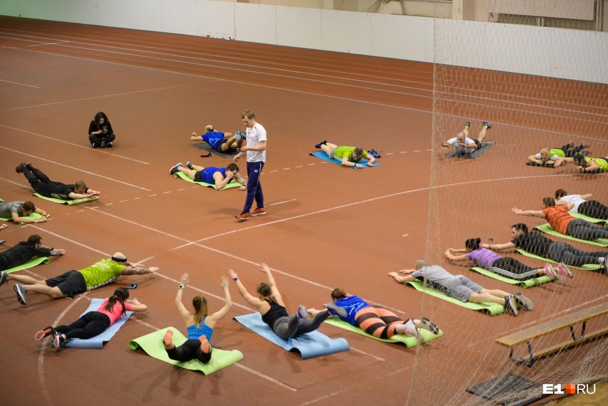 Дневник бегунов: команда Е1.RU испытает на себе все ужасы спортивного режима перед марафоном