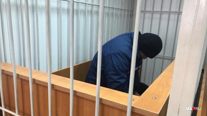 Под Волгоградом будут судить маршрутчика, обвиненного в надругательстве над 13-летней школьницей