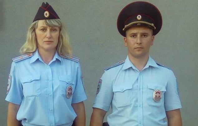 Самарские полицейские помогли подростку, которому стало плохо на улице