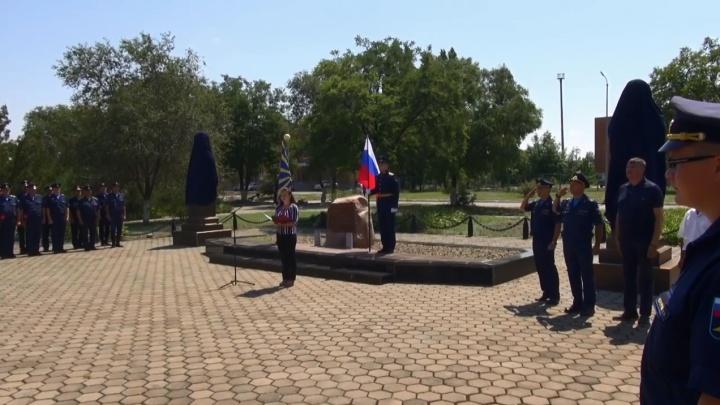 «Ночной ведьме Сталинграда» и ее боевой подруге открыли бюсты на военном аэродроме под Волгоградом