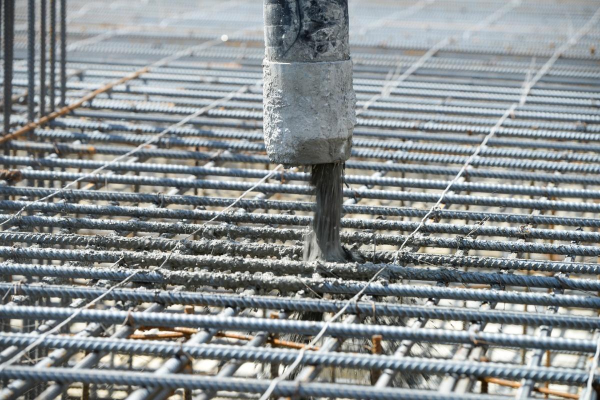 А затем их залил первый бетон
