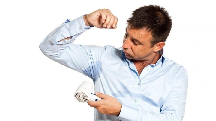 Запах пота портит отношения с коллегами: врачи придумали, как защититься от неприятных ситуаций