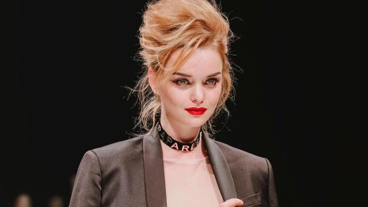 Красноярская модель эффектно прошлась по подиуму на модном шоу в Пекине