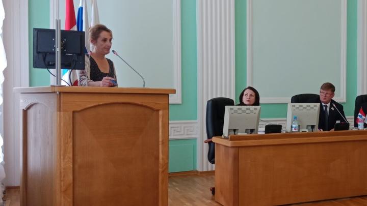Многодетная мать обвинила мэра Фадину в пустых обещаниях