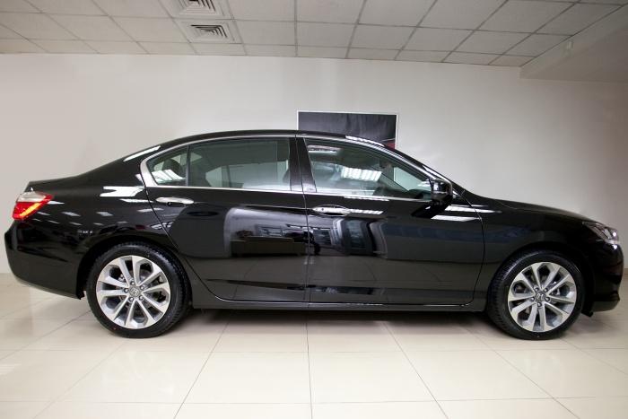 Honda Accord продавали на одной из интернет-площадок за 350 тысяч рублей