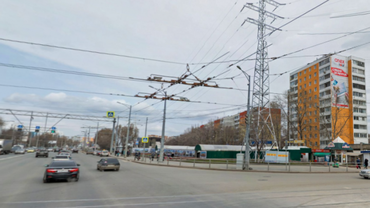 Самарские энергетики потребовали закрыть рынок на Ново-Вокзальной — Московском шоссе