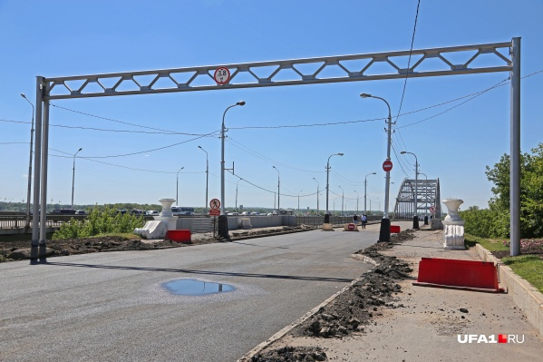 Лишь в прошлом году мост открыли после длительного капитального ремонта