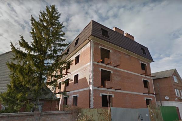Мошенники пытались продать квартиры, которые появились в городе незаконно