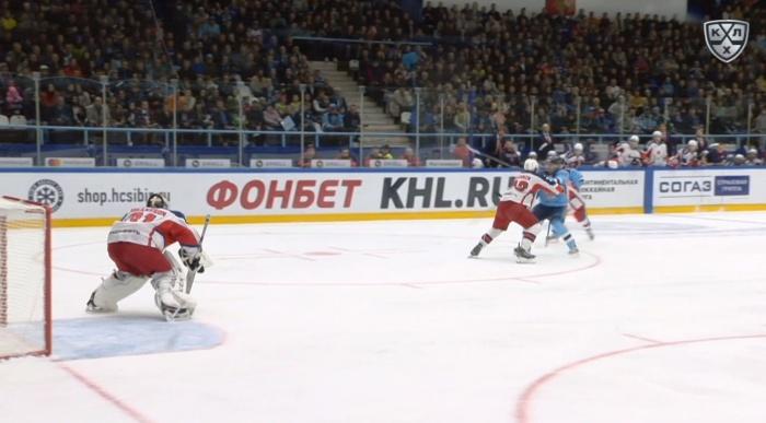 Тренер «Сибири» был недоволен большим количеством удалений в начале матча