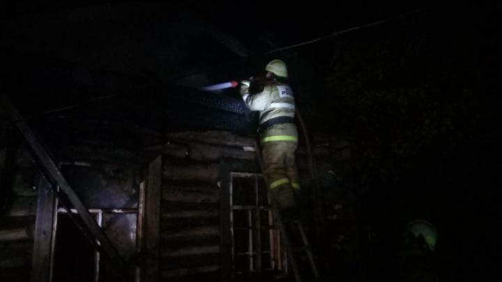 Дом был объят пламенем: ночной пожар в Башкирии унес жизнь мужчины