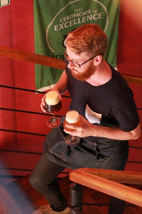 «Непобедимость русской печени — миф»: уралец уехал жить в Прагу и открыл там популярный пивной бар