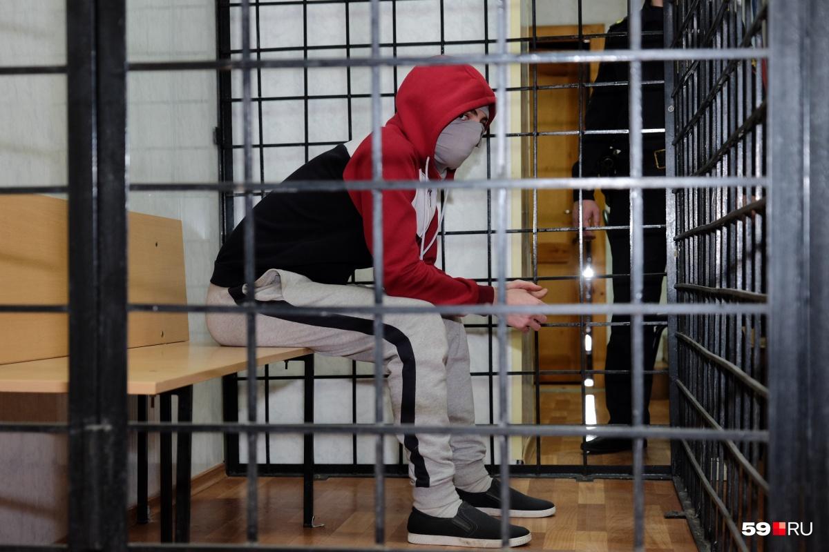 ed00f0842f83a С учётом проведённого в СИЗО времени Магомедову осталось отсидеть ещё три  года