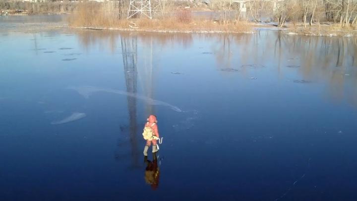 В Самарской области два рыбака провалились под лед