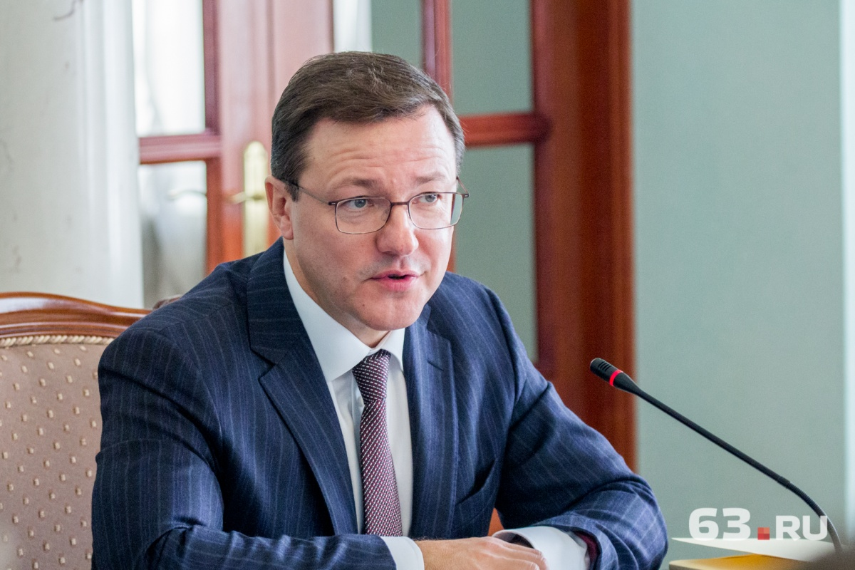 Азаров лидирует навыборах руководителя Самарской области, идет обработка первых протоколов