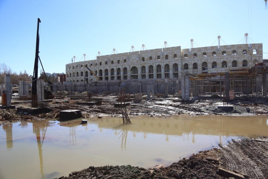 Конгресс-холл «Таганай–2020» строят на улице Труда у стадиона «Центральный»