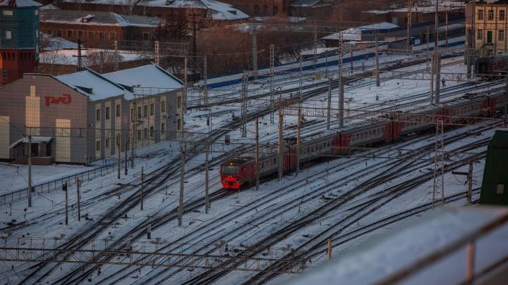 Пассажиры не дождались утренних электричек в Новосибирск: в полиции опровергли аварию