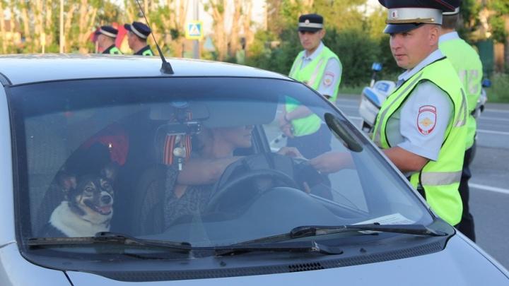 Остановят всех: в Тюмени инспекторы ГИБДД выйдут на сплошную проверку водителей на трезвость