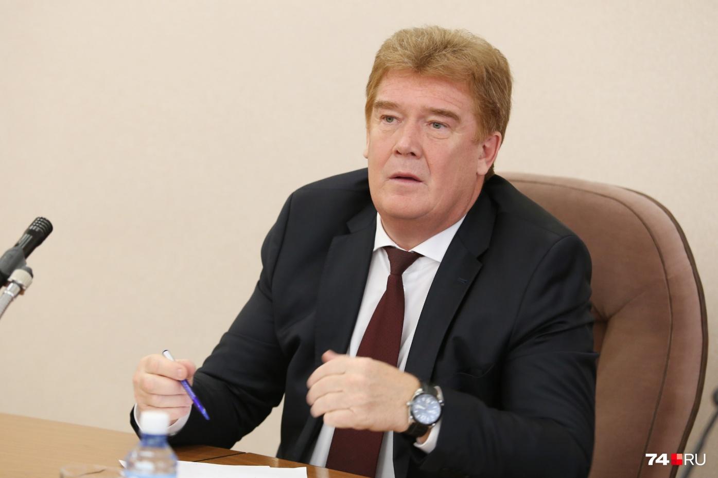 В апрельском отчёте о работе властей мэр на полном серьёзе назвал Челябинск городом, в котором хочется жить