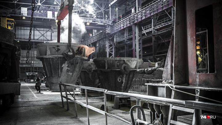 Неизлечимо больны: работники ЧЭМК отсудили у комбината полмиллиона рублей