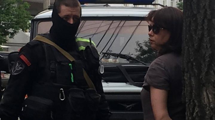 В Челябинске арбитражных управляющих, задержанных с миллионом в Lexus, отдали под суд