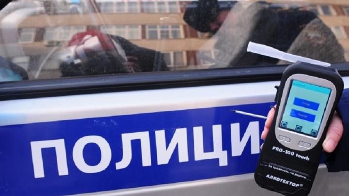 Отмечали Женский день: за праздничные выходные свердловские инспекторы поймали 350 пьяных водителей