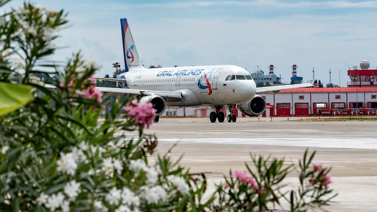 В распродаже участвуют рейсы в Сочи, Крым, Барселону, Батуми и другие популярные курорты