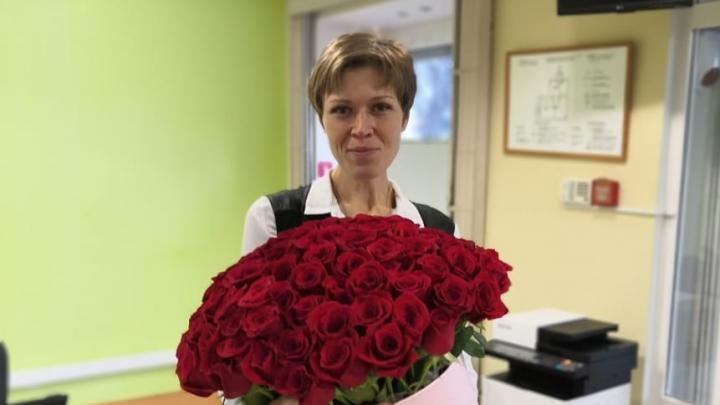 В Екатеринбурге задержали женщину, которая обманула клиентов «МигКредита» и пыталась отравиться