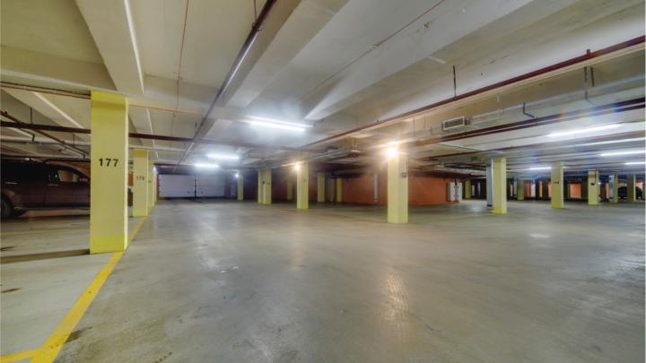 Парковка даром: покупателям просторных квартир подарят место на подземном паркинге