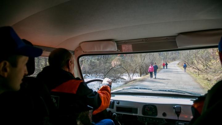 В теплое воскресенье на «Столбах» заблудились две женщины