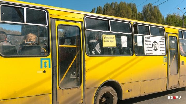 Все в объезд: на Аэродромной — Волгина закрыли движение автобусов