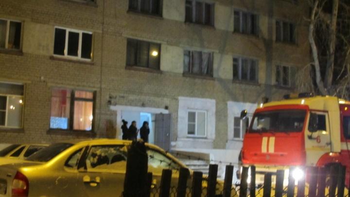 Из челябинской пятиэтажки эвакуировались люди из-за утечки газа