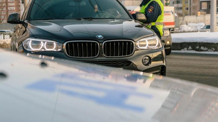 Плати или плати: у водителей начали отбирать автомобили за неоплаченные штрафы