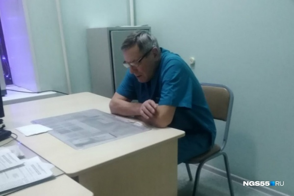 Евгений Буташенко признал свою вину после инцидента в травматологии, но это ему не поможет: 13 января врача могут уволить