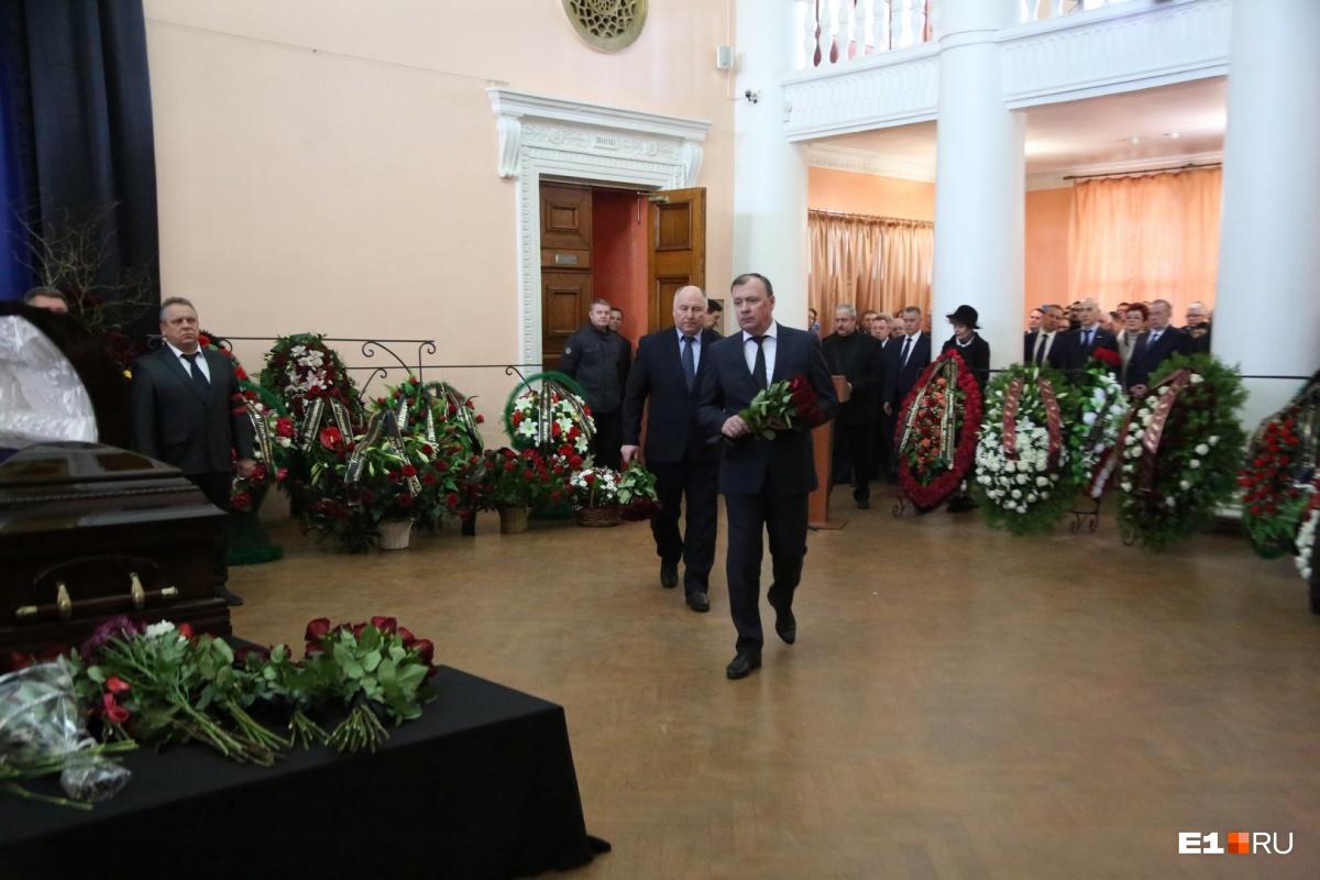 От правительства Свердловской области приехал вице-губернатор Алексей Орлов