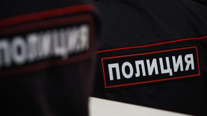 На Дону вооруженный налетчик ограбил офис микрозаймов