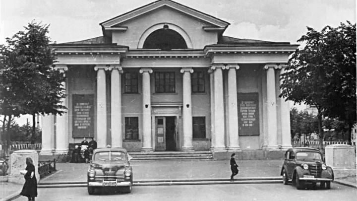 «Ностальгия по Советскому Союзу не иссякнет»: в Волгограде отметят день рождения кинотеатра «Родина»