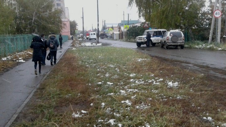 В День учителя эвакуировали школу в Старом Кировске