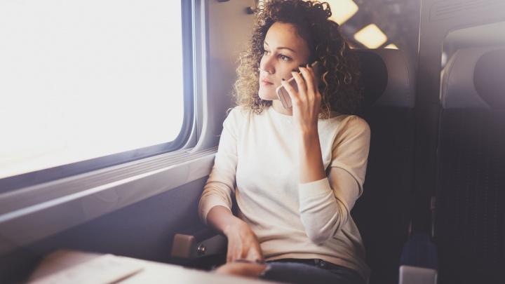Интернет в поезде: вдоль железной дороги и трассы М-8 запустят скоростной 4G