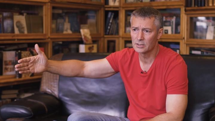 «Я никогда не видел столько омоновцев в одном месте»: Ройзман — о том, как его задержали на митинге