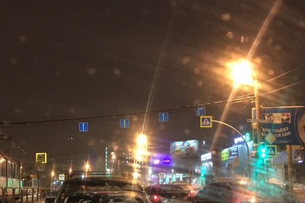 Перекрёсток Чайковского и проспекта Победы: такие знаки запрещают поворот налево