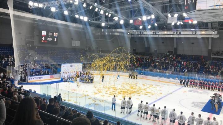 «Ростелеком» показал российским болельщикам баскетбол, футбол и хоккей из Красноярска