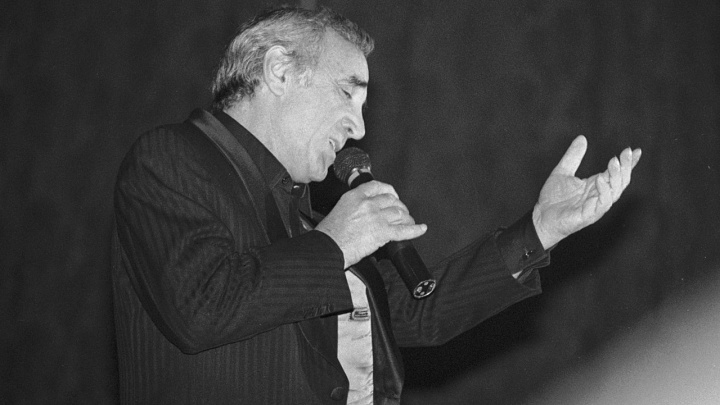 Умер французский певец Шарль Азнавур