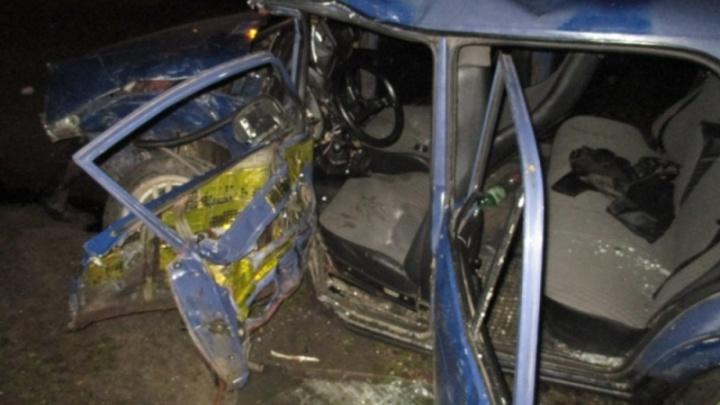 «Семёрка» стала похожа на груду металла: четыре человека пострадали в пьяном ДТП в Ярославле