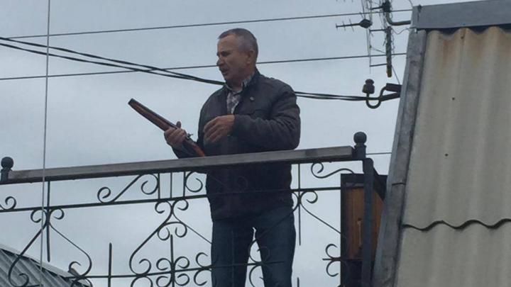 В Челябинске арестовали пожилого садовода, выстрелившего из обреза в председателя СНТ