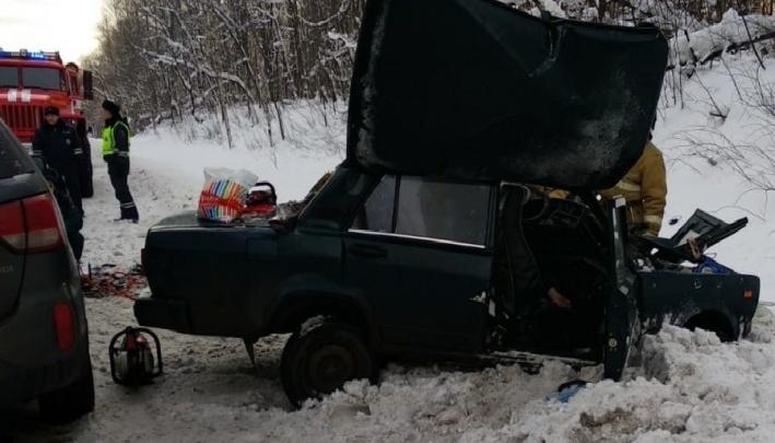 Родственники супружеской пары, погибшей в ДТП на М-5 в Челябинской области, ищут свидетелей аварии